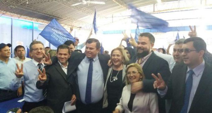 Movimiento Equipo País del PLRA inscribió candidaturas al Congreso