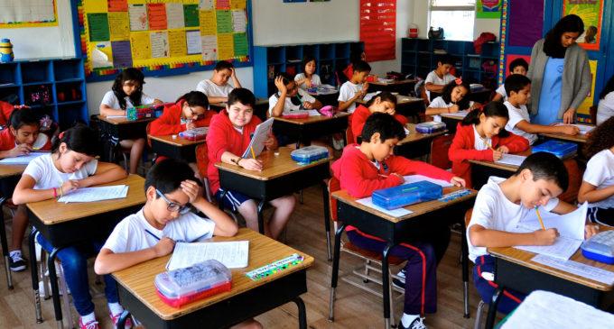 """Escuelas y colegios privados rechazan disposición del MEC que los obliga a tomar exámenes a alumnos """"morosos"""""""