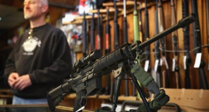 """""""El problema no es la facilidad para disponer armas, sino la consciencia de la gente"""", dice experto"""
