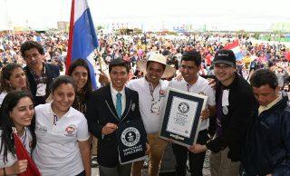 Paraguay logra Record Guinness por ronda más grande de tereré