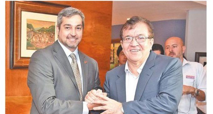 """""""Debemos unirnos para derrotar al empresariado gobernante"""", afirma Nicanor"""