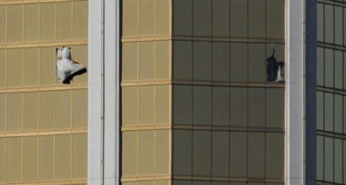 El impactante relato del huésped del hotel que dormía a solo metros del autor de la masacre en Las Vegas
