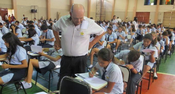 MEC aprueba multas contra instituciones privadas que prohíban exámenes a alumnos