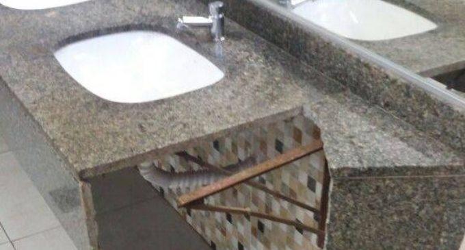 Destrozaron baños de la Terminal de Ómnibus de Asunción
