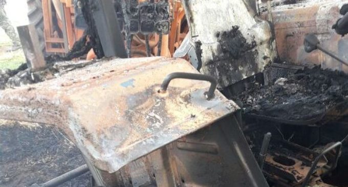 Quemaron tractores en Tacuatî y se sospecha del EPP