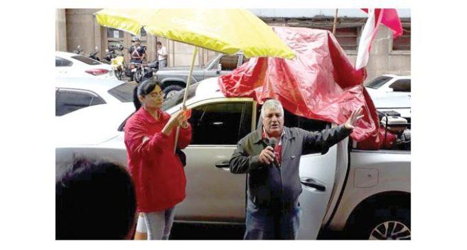 """Miembros del SINATTEL se movilizan en repudio a """"cuoteos políticos"""" en COPACO"""