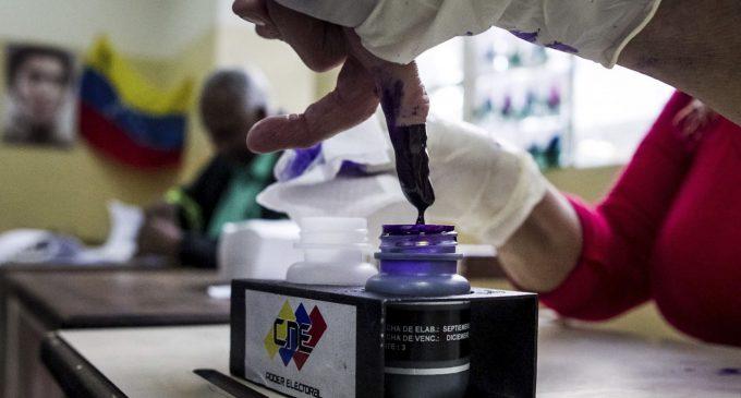 Elecciones regionales en Venezuela: chavismo y oposición se disputarán 23 estados