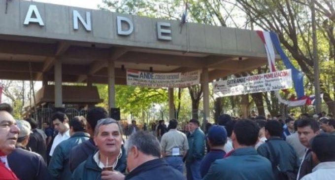"""Trabajadores de la ANDE: """"Este verano va a ser peor que los anteriores"""""""