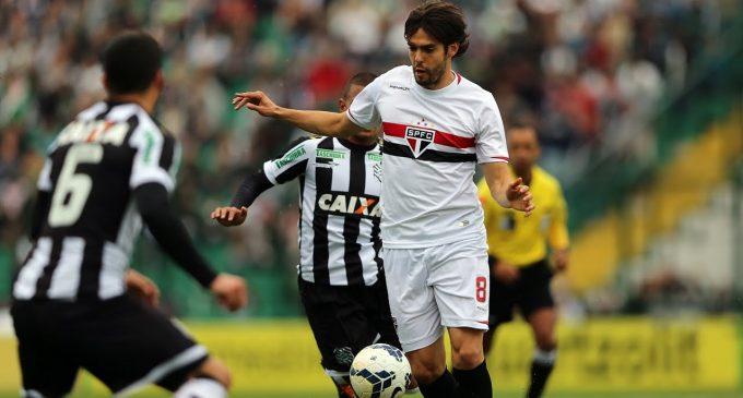 Kaka quiere volver al fútbol brasilero