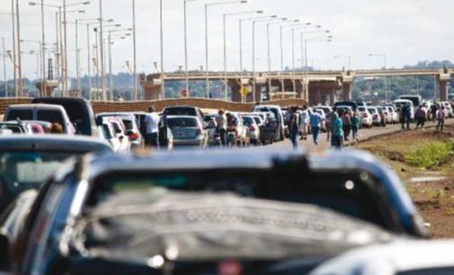 """Denuncian que """"paseros"""" paraguayos son expulsados de Argentina"""