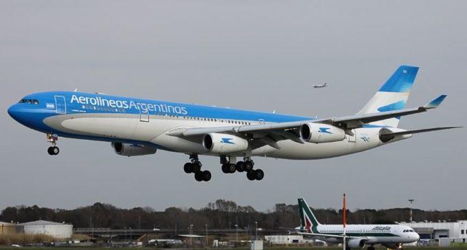 Pilotos de Aerolíneas Argentinas levantaron huelga