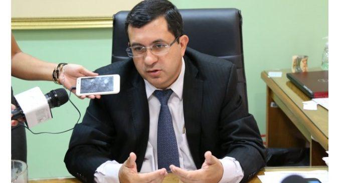 Critican pretensión de Ejecutivo de endeudar en más de US$ 900 millones con Presupuesto 2018