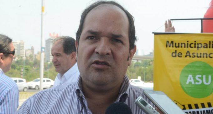 Urgen a Contraloría General investigar administración de Arnaldo Samaniego
