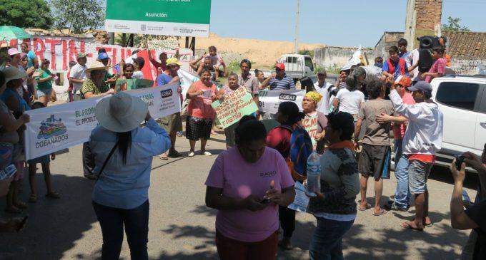 Bañadenses organizan manifestación frente a Municipalidad de Asunción