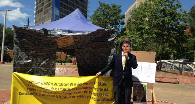 "Con ""Escuela medieval discriminadora"" piden derogar resolución sobre género"