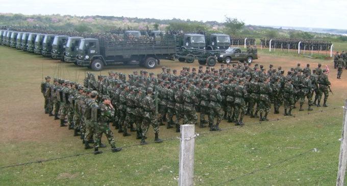 Admiten atraso en modenización de armamentos en fuerzas militares
