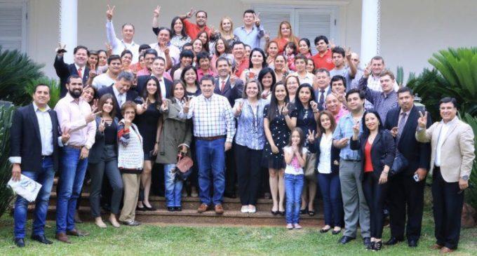 """A Cartes le vendieron un buzón"": Óscar Tuma niega migración de miembros de su movimiento a Honor Colorado"