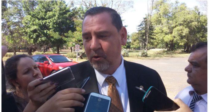 """Zacarías Irún critica a concejales opositores: """"¿Por qué fueron a manifestarse en un acto público?"""""""