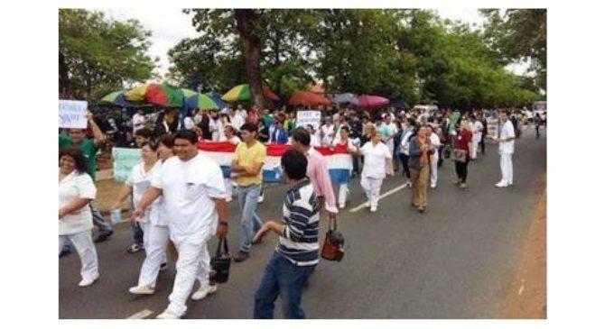 """""""Sería nefasto"""": Médicos del Hospital de Clínicas anuncian huelga"""