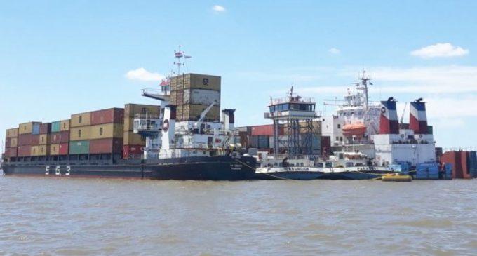 Esperan que hoy se destrabe impase de buques paraguayos en Montevideo