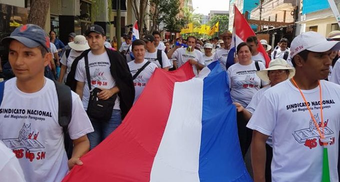 Más sindicalistas se unen a pedidos de docentes