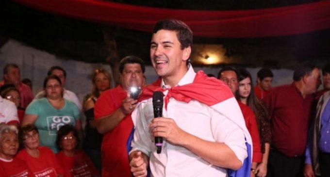 """Santiago Peña tiene ventaja de 5 puntos sobre Mario Abdo, dice """"Taka"""" Chase"""
