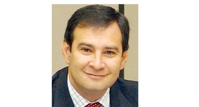 """""""La gente va a ir hasta con rabia a votar en contra del oficialismo"""", dice senador disidente Ovelar"""