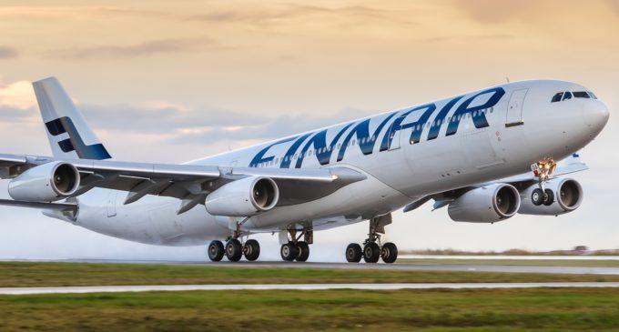 Aerolínea finlandesa pesa a sus pasajeros