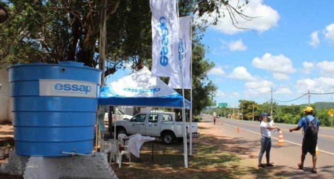 Trabajan en servicio de agua para Caacupé