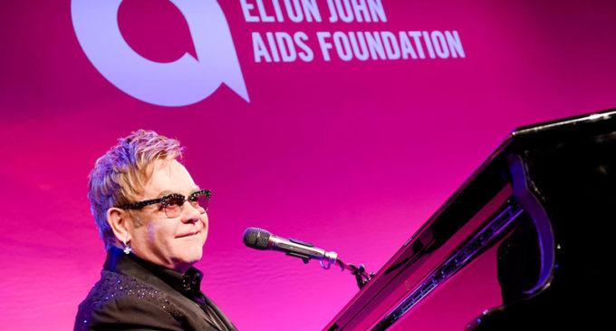 Elton John será premiado por Harvard