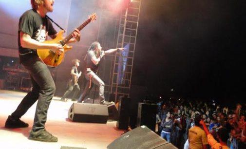 Flou encabeza concierto en el centro de Asunción