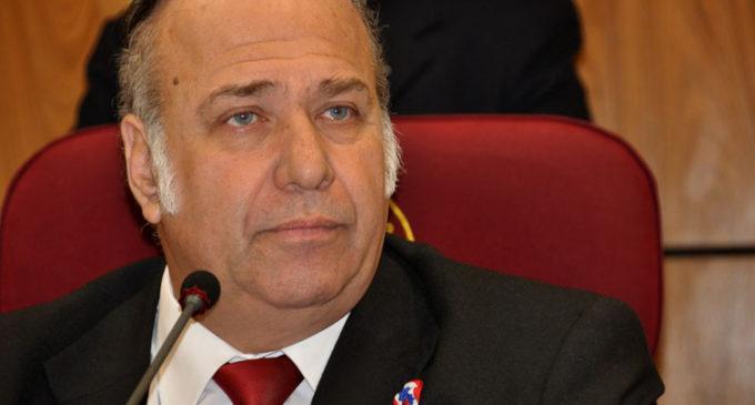 """González Daher: """"Secretario fue nombrado por el senador Bacchetta"""""""