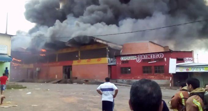 """Incendio en Abasto: """"Fiscalía aún no emitió informe de peritaje"""""""