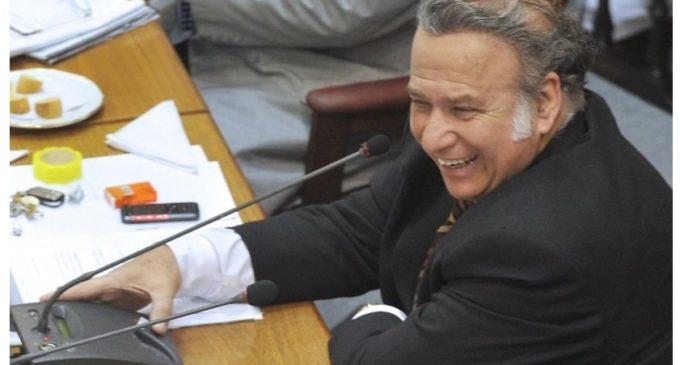 González Daher se desentiende y 'tira la pelota' a secretario