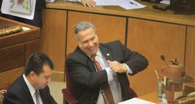 Cámara de Senadores protege a Óscar González Daher
