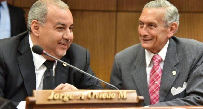 Asistente fiscal ratifica denuncia y confirma que Oviedo Matto pidió dinero