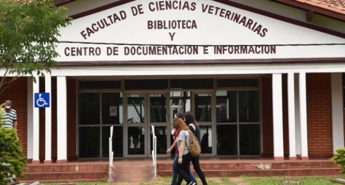 Veterinaria UNA podrá obtener la acreditación internacional entre mayo y junio