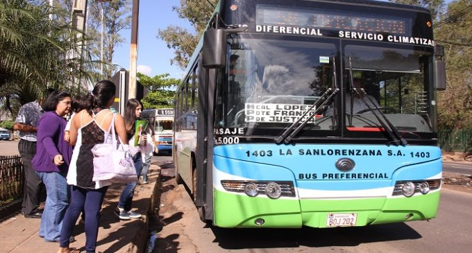 La presencia de vendedores en los buses diferenciales está prohibida
