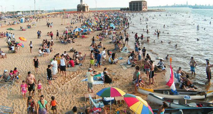 Playas de Encarnación con sistemas de monitoreo para cuidar la integridad de sus visitantes