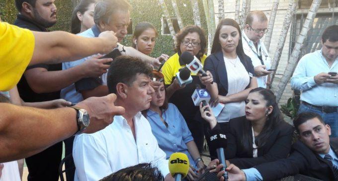 """""""Le vamos a dar un duro golpe a la plata de Horacio Cartes"""""""