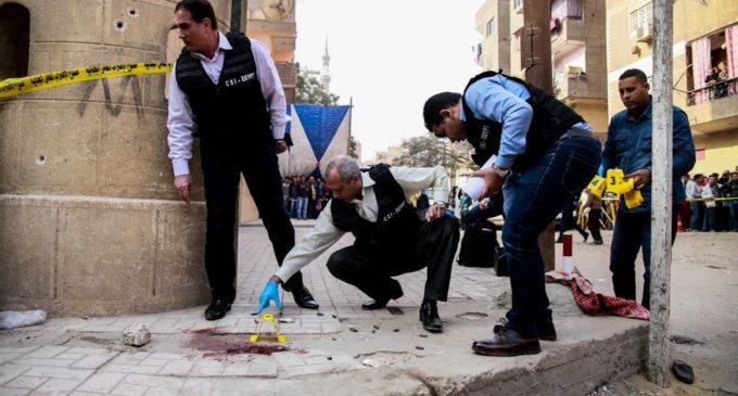 Iglesia en El Cairo sufre atentado que dejó al menos 10 muertos