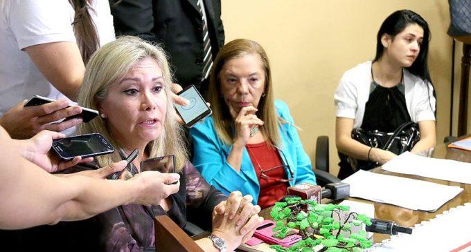Víctima de supuesto acoso en Itaipú presentó denuncia ante Comisión de Derechos Humanos