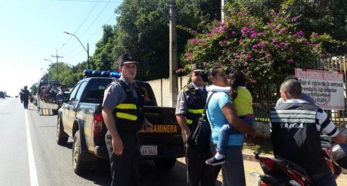 Controles, alcotest y orden en tránsito: Labores coordinadas entre Patrulla Caminera y Policía en Operativo Caacupé