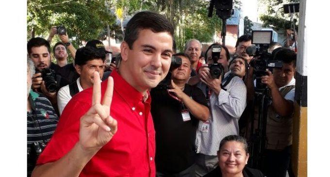 """Santiago Peña """"Finalmente va a ganar el que tenga la mayor cantidad de votos"""""""