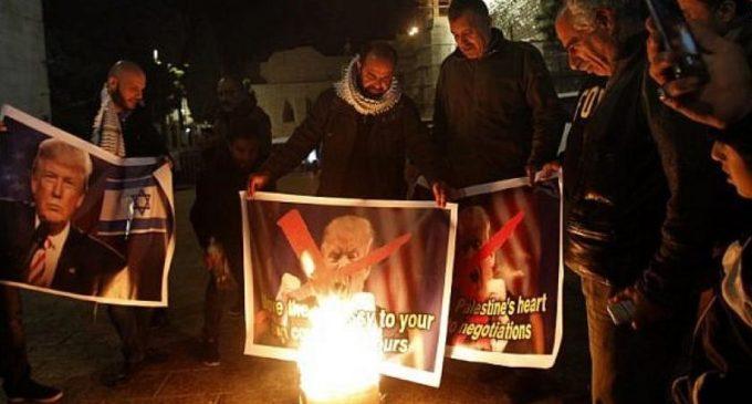 Aumenta la violencia en Israel tras decisión de EE UU