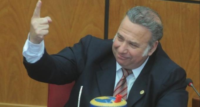 Mañana no habrá retiro de investidura a González Daher