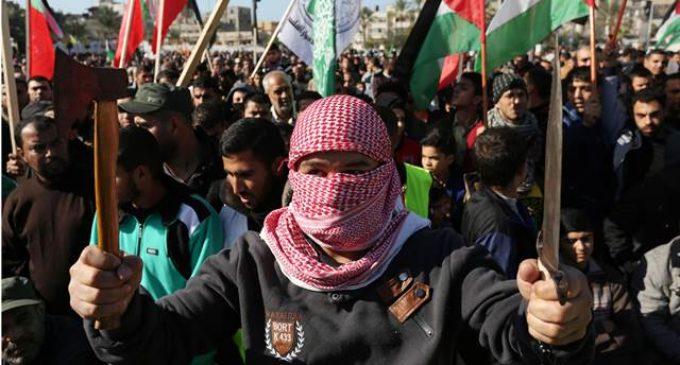 Cien heridos y un muerto entre las manifestaciones en Israel
