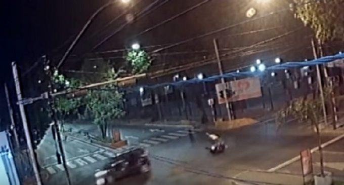 Imputan a conductor que se dio a la fuga luego de atropellar una moto