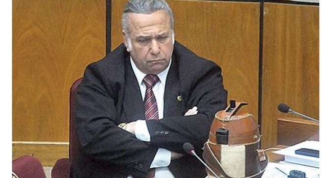 Para Blanca Ovelar, Óscar González Daher debe apartarse de la lista de senadores de la ANR