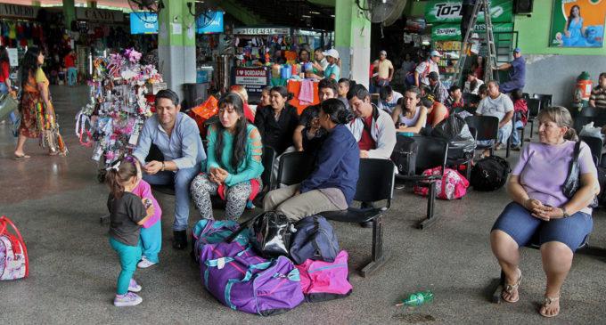 Denuncian sobrecostos en la Terminal de Asunción